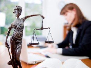 Антикоррупционное поведение государственных служащих: правовые, экономические и психологические аспекты